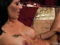 Zoey Holloway takes it in her mouth after Rocco Reeds dick becomes stiff and hard