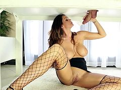 Brunette Billy Glide sucks Alison Tyler's dick