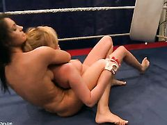Blonde cutie Lucy Belle and Donna Bell are two dykes that cant keep their hands off each other