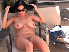 Nude Jelena Jensen amazes with her big tits and beautiful trimmed cunt
