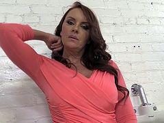Janet Mason is Back! MILF Cougar! Older Stunner Talks about Sex!
