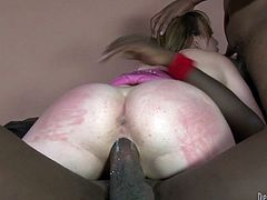 Make sure you have a look at this interracial gangbang scene where the sexy Jennifer White is fucked by big black cocks.