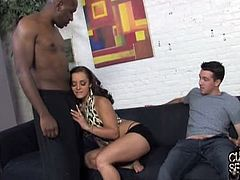 Mandingo is the black stud who fucks Liza del Sierra in all her holes while her boyfriend, Chip watches them. He cums in Liza's mouth and she swaps the spunk with Chip.