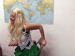 Insatiable cheerleader gives her man an amazing blowjob