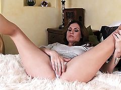 Jamie Lynn with big boobs and smooth snatch strips down to her bare skin to masturbate naked
