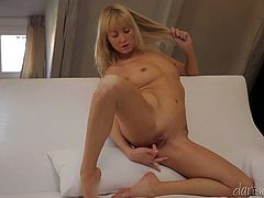 Check out this solo scene where the horny blonde babe Susan Snow leaves you speechless as she plays with her pink pussy.