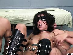 Lou Charmelle turns Ramon Nomar on to the point of no return before ass fucking before blowjob