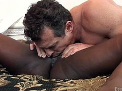 Big boobed and bootylicious ebony gets her shaved pussy licked well and then wildly jumps on her boyfriend's white cock.