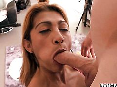 Incredibly hot chica porn diva gets her lovely face cum soaked after sex with horny man