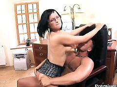 Renata Black lets man cover her nice face in sperm