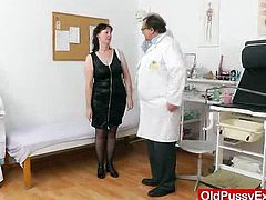 This spiky looking brunette slut called Blanka visited the clinic for a dame gyno, which she didn?t really like, so the Gynecologist made her change her mind