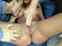 Busty cutie Charley Chase takes part in MMF threesome