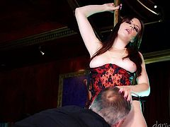 Get a load of this hardcore scene where the busty Samantha Bentley ends up being fucked by a big cock after dancing on a stripper pole.