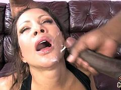 Hot Teri Weigel didn't expected that this brother from the hood will have such a monster cock. He sticked it into her horny pussy and releaseh his load on her face.