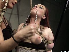 Mature Kyra with giant knockers is ready to spend hours fingering Katy Parkers cunt non-stop