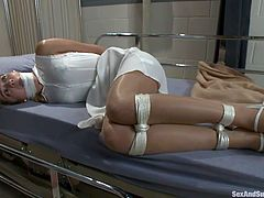 patient ties up nurse and makes her suck his cock