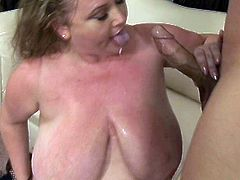 30 lbs BBW bitch Sienna Hills sits right on the face of her lover. Then fat bitch gives sloppy blowjob and gets her loose snatch fucked missionary style.