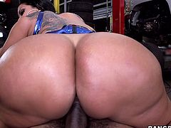 Whore Kiara bounces her big fat ass up and down on this guy's hard cock. She's in the workshop and works it hard for some jizz. The dude finally ejaculates and Kiara takes advantage of this, to do her favorite activity, sliding her breasts in cum! This is a fucking filthy whore, so you'd better watch some more!