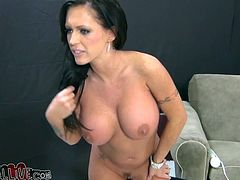 Curvaceous porn slut Jenna Presley is famous for her big boobs and kinky attitude. She performs dirty porn scene filmed by My XXX Pass studio.