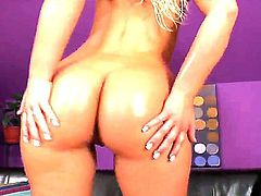 Naughty blonde Defrancesca Gallardo needs a sybian to ram her hungry vagina and make her sweat.