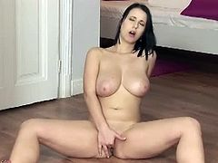 Karup's Private Collection brings you a hell of a free porn video where you can see how the busty brunette Chrissy Harris masturbates for you while assuming very hot poses.