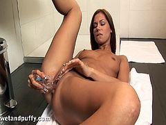 A hot brown-haired babe takes off her clothes in a bathroom. Cipriana licks a dildo to make it as wet as possible. Of course she is doing this to toy her pussy. Then she starts to licks the dildo again. This time she is doing this to taste her pussy juices.