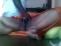 Hot Southindian Busty Aunty's Pussy exposed