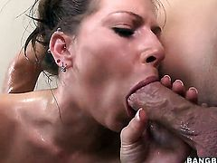 Rachel Roxxx loves fresh hot sperm man semen all over her face