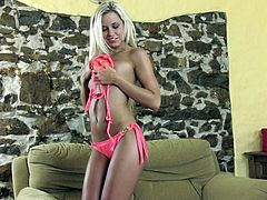Lusty blond haired jade Lola Myluv masturbates hard on sofa