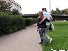A romantic walk in a park with her boyfriend and a lunch in a good restaurant makes her feel so special. This blondie finally decided to give up her tight asshole.