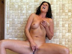 Kobe Lee makes you bust a nut with this solo scene where she takes off her sexy lingerie and plays with her pussy in high heels.