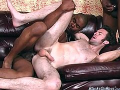 This white guy loves the black cock. This afternoon the guy he normally hooks up with brought a friend and the threesome was on.