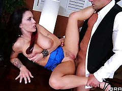Jenna Presley has great dick sucking experience and expands it with horny bang buddy Toni Ribas