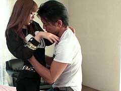 Pretty babe comes to her dude's house and expects from him more then just kisses. This light haired babe takes her clothes off and gets her pussy fucked by his finger. Have a look at this teeny in Jav HD xxx video.
