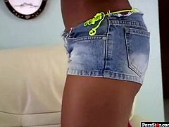 This appetizing ebony slut shows off her sexy bikini. Just look at her appetizing black butt for free. Don't skip extremely hot Porn star sex tube video right now.