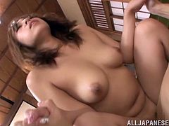 Take a nice look at this Asian wife, with a nice backyard wearing a sexy bra, while she gets fucked hard in different positions in a reality video.