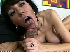 Time worn brunette hooker Alia Janine rocks the show again! Raven haired MILF goes down on her cocky stud.She jerks off that prick and properly polishes every inch of that shaft with her mouth.