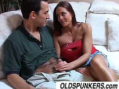 Sexy MILF Cheyenne Hunter is a hot piece of meat and she is ready to get her pussy stretched. She enjoyed every inch of this cock and receive a huge cumshot.
