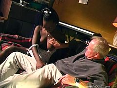 Slutty black girl Cashmere is trying to please a man. She gives him a passionate blowjob and then stands on all fours and gets her cunt fucked doggy style.