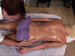 After an intense training, Emma Mae needs a massage. The horny therapist oils up her entire body and gives her a hot massage with a happy ending.
