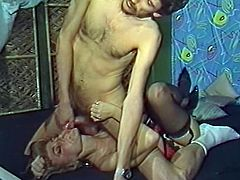Horny blond haired curvy babe with nice boobs sucks the dick getting the cunnilingus in 69 pose and gets a sperm in her mouth. Have a look at thus bitch in The Classic Porn sex clip.