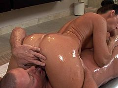 Dazzling milf, India Summer, looks gorgeous with a big cock stretching her puffy vag