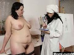 When two cougar lesbo meet, usually you get to see some great vibrator action and some great pussy licking scenes. They are in the hospital and want to reach orgasm.