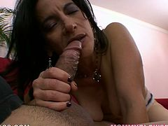 Zealous mature slut Melissa Monet gives nice blowjob