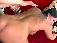 Experienced cougar Kendra Secrets gets rammed hard