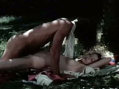 Classic porn Dvds brings you a hell of a free porn video where you can see how this vintage blonde slut gets fucked in the forest while assuming very naughty poses.