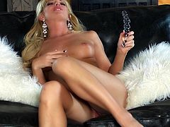 Make sure you get a load of Niki Young's amazing body in this hot solo scene where she masturbates with a dildo.
