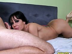 Mature with big jugs and shaved muff gets pleasure with sticky nectar on her eager face