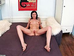 Brunette Valery Von cant live a day without toying her fuck hole