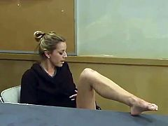 Sensuous Teacher Has the screwing Machine Under Her Desk